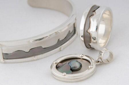 Lw Getonn Collection Pendant Stsil Titanium Half Pearl 995