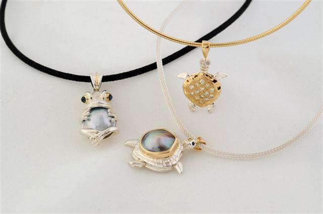 Larry Williamson pendants