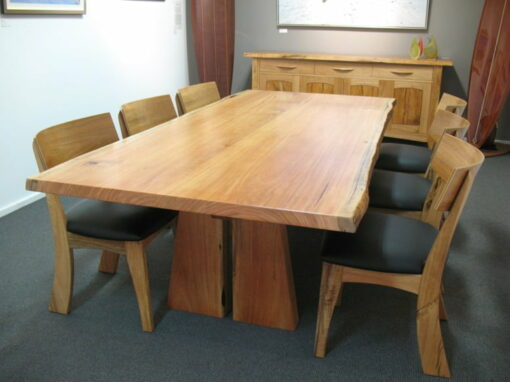 Table Dining Nara Marri With Muchison Chairs
