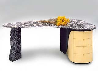 The Orbicular Desk