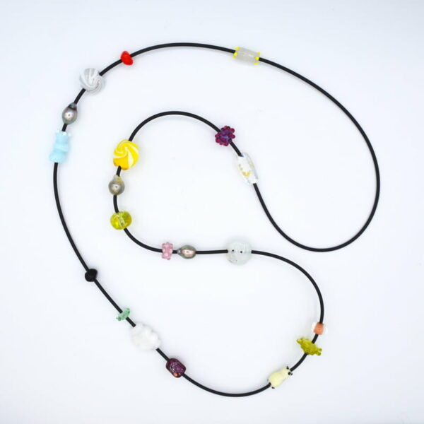 Ehe158 Evelyn Henschke Glass Bead Necklace
