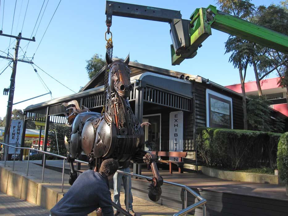 Jordan Sprigg Red Thunder Horse Sculpture Arrival 6