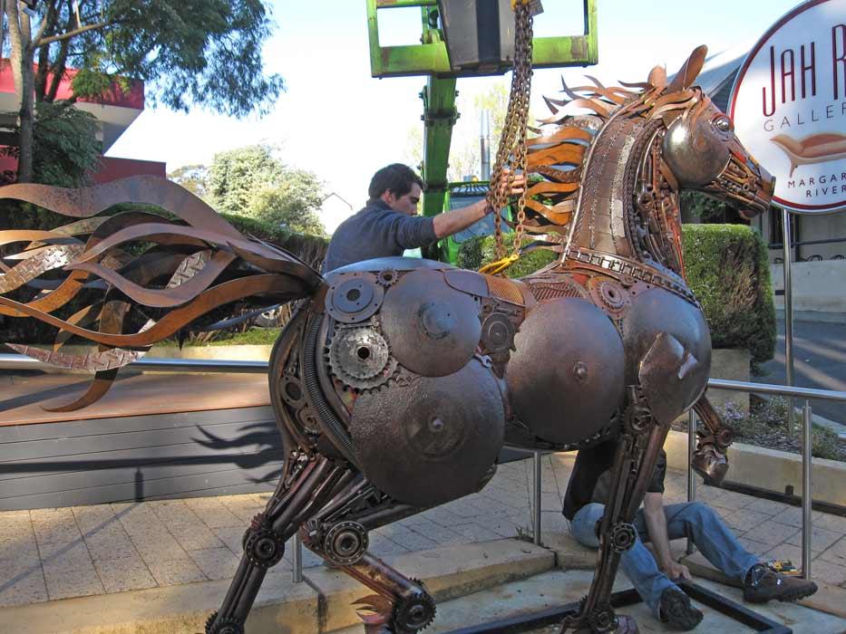 Jordan Sprigg Red Thunder Horse Sculpture Arrival 8