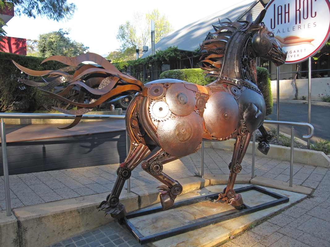 Jordan Sprigg Red Thunder Horse Sculpture Arrival 9