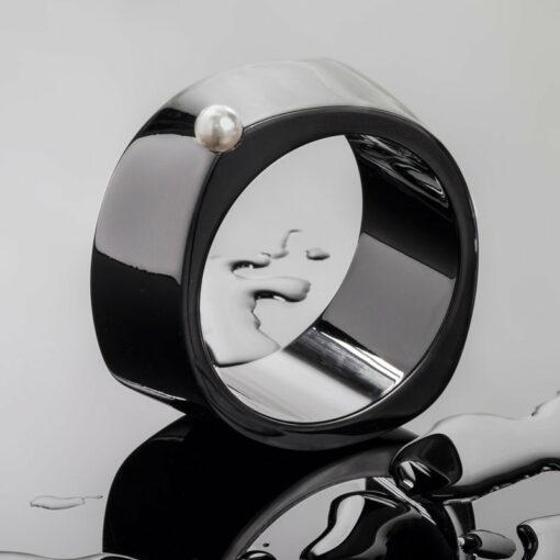 Liddon Pearls Abstract Maxi Pearl Bangle