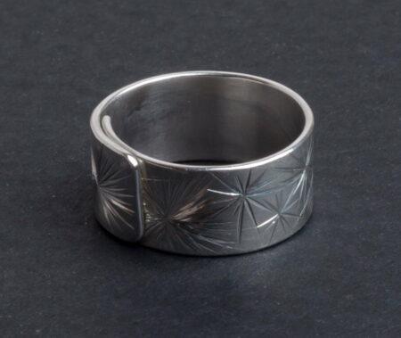 Emma Cotton Galaxy Carve Ring