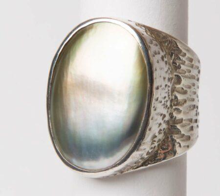 Jl21 Jane Liddon Ring 520 2 Mabe Pearl Etched Ring