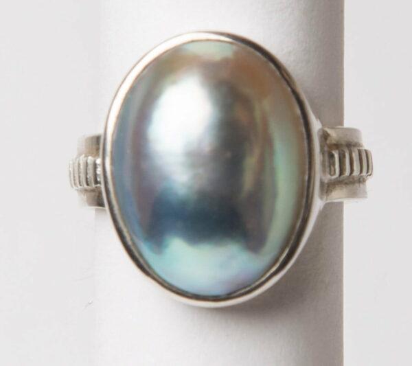 Jl25 Jane Liddon Ring 495 1 Oval Mabe Pearl Ring