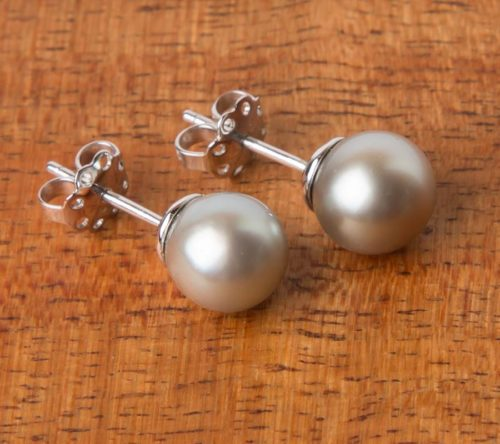 Jane Liddon - Black Lip Pearl Studs