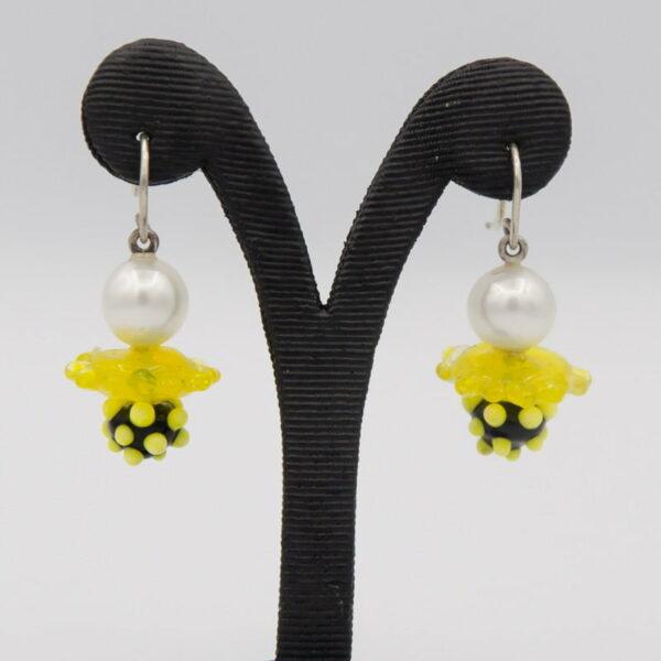 Evelyn Henschke Drop Earrings Pearl Yellow Bead