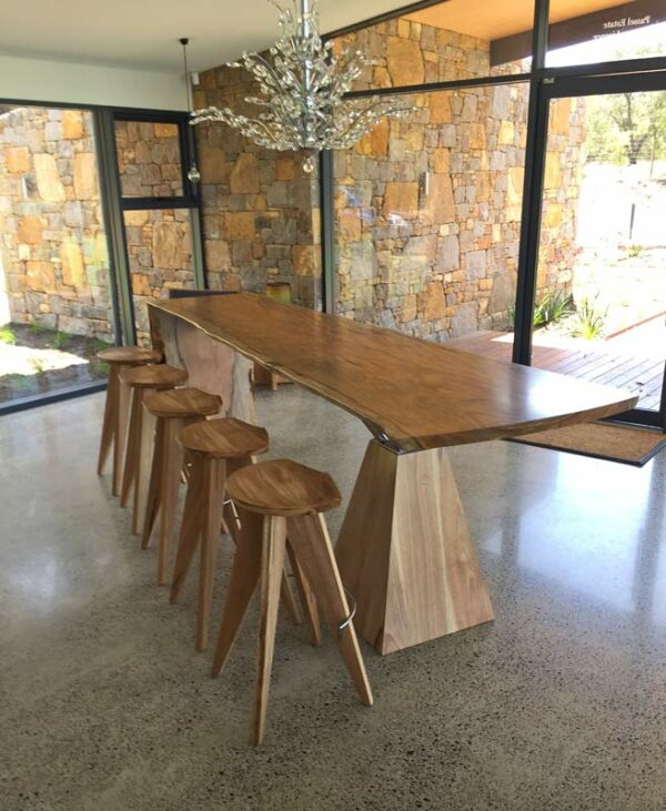 Passel Estate Wine Bar And Stools