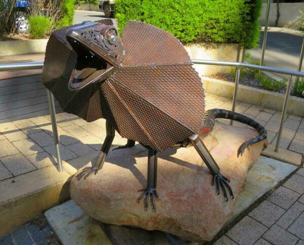 Jordan Sprigg King Of The Rock Sculpture 3