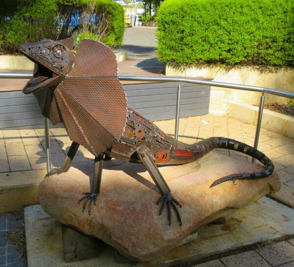 Jordan Sprigg King Of The Rock Sculpture 4