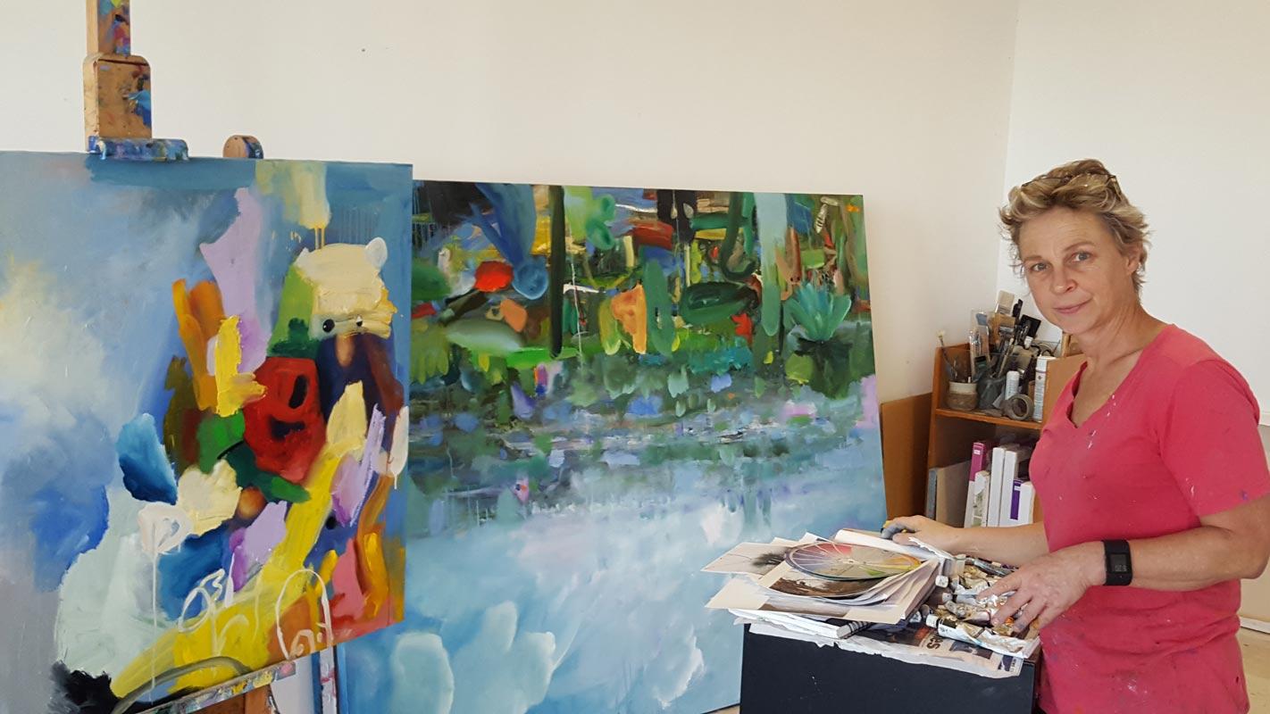 Helen Norton Studioshot2