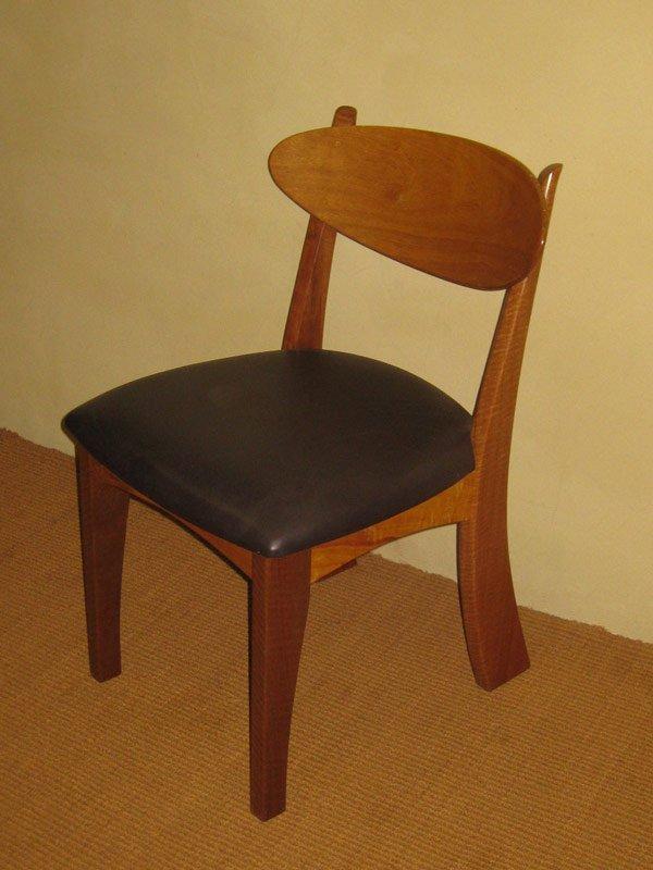 Resale cellar dining suite fine furniture design