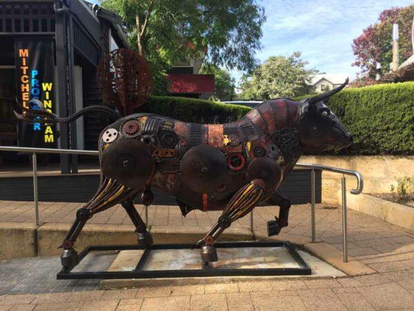 El Toro Bull Front