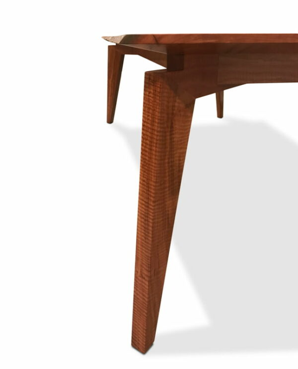 The Stirling Modern Dining Table Detail