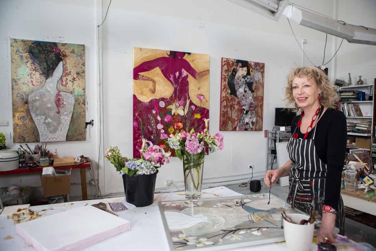 Wendy Arnold In Studio