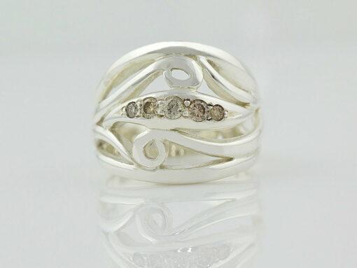 gemma baker argyle diamond ring front gba