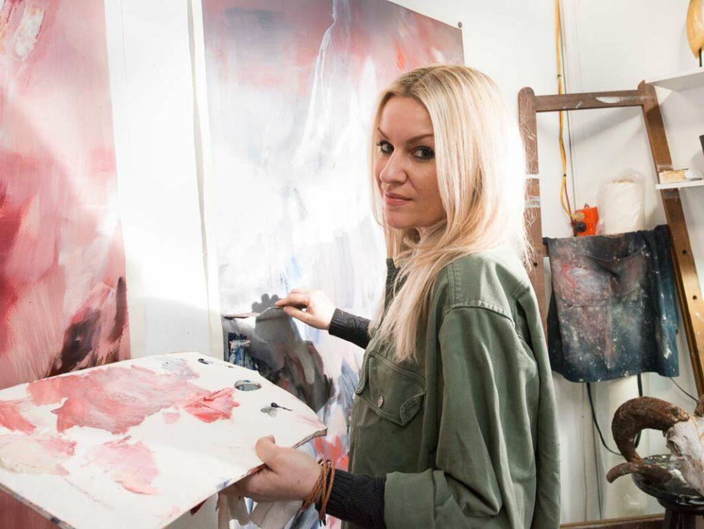 Stephanie Reisch Artist Profile