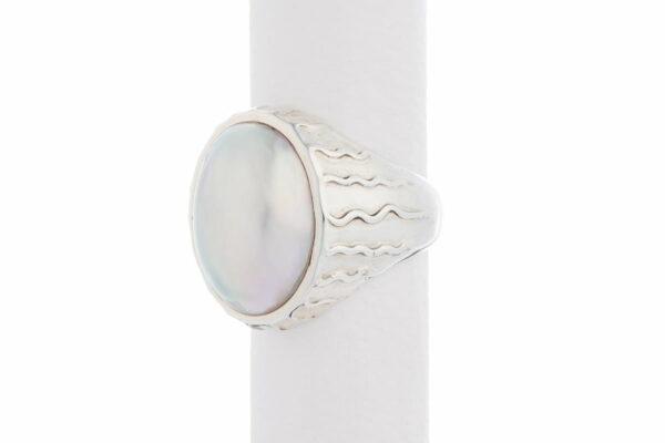 Jane Liddon Ring Oval Mabe White Decorated Band Side