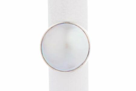 Jane Liddon Ring Round White Mabe Front