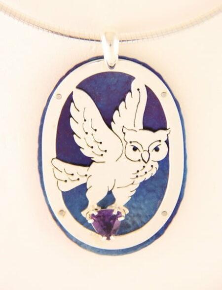 Amillon Owl Pwndant Oval