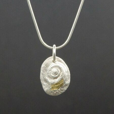Jen Mitchell Operculum Pendant Silver With Gold Jmit16