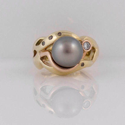 Gemma Baker – Black Pearl Ring