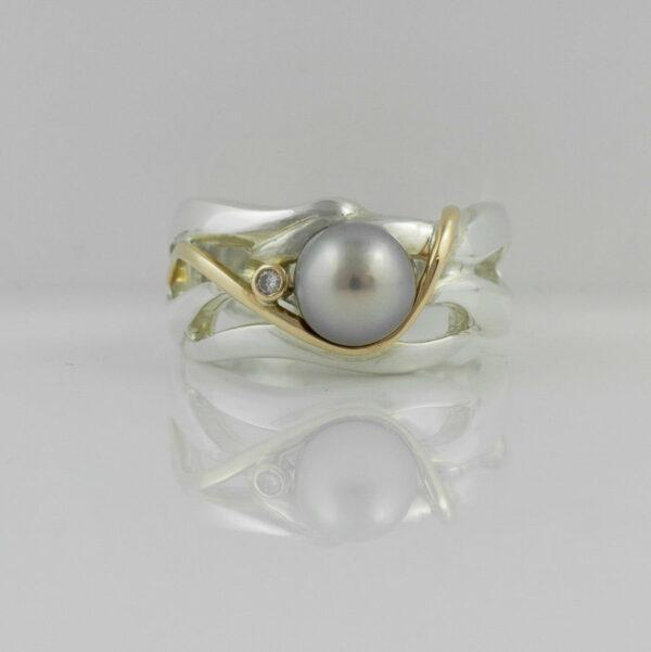 Gba Gemma Baker Abrolhos Pearl Diamond Ring