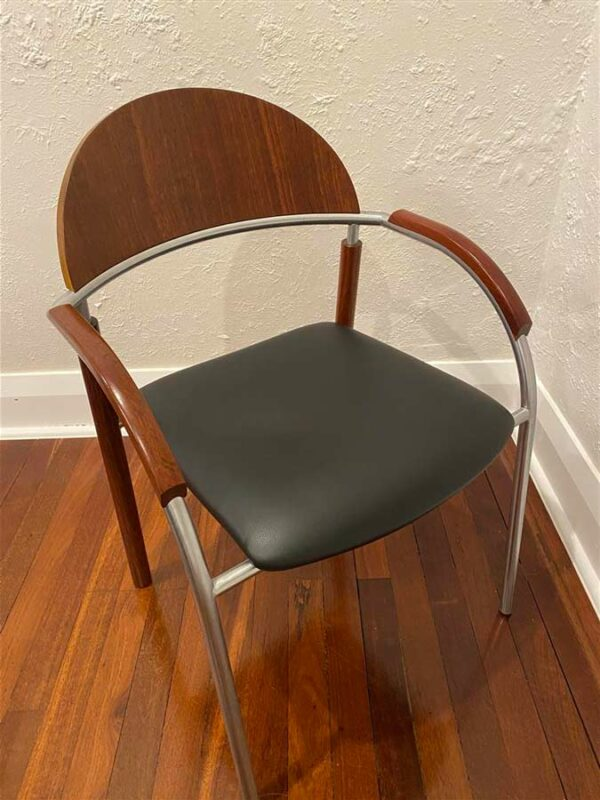 Resale Jahroc Dry Reef Dining Suite 2Thesis Chair 3