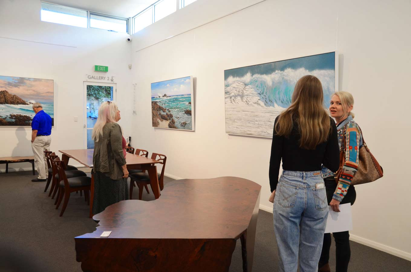 Leigh Hewson Bower South West Shorelines Opening Night Crowd 10