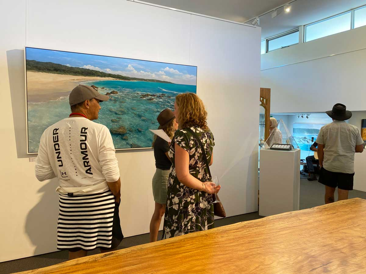 Leigh Hewson Bower South West Shorelines Opening Night Crowd 2