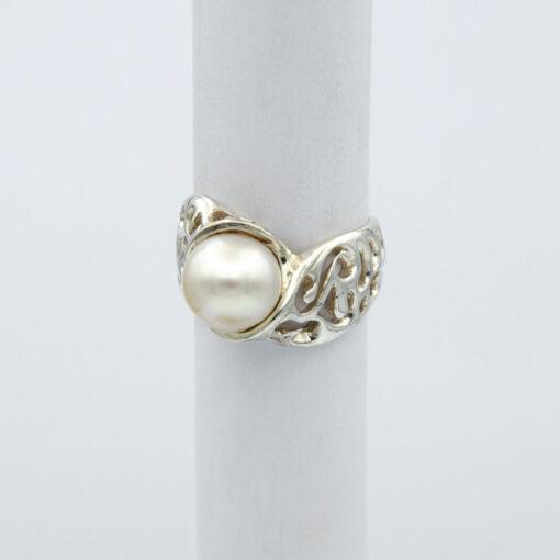 Jane Liddon Abrolhos Pearl Filigree Ring