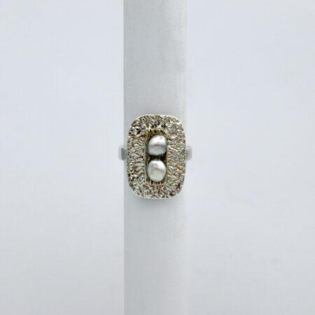 Jane Liddon Keshi Pearls On Textured Plate Ring