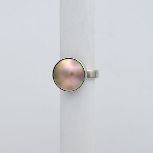 Jane Liddon Pink Tone Abrolhos Pearl Ring Side